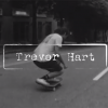 "Trevor Hart en ""ET"" video."