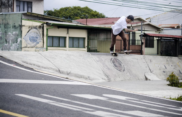 Bryan bs tailslide Cartago copy