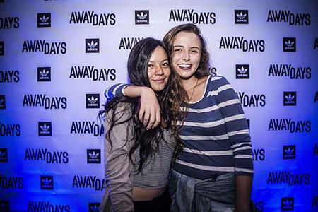 AwayDaysCRpremiere50_OlmanTorres