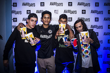 AwayDaysCRpremiere58_OlmanTorres